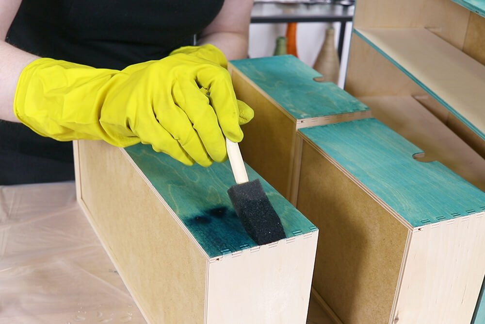 Staining Wood with Rit Dye - Apply a darker color