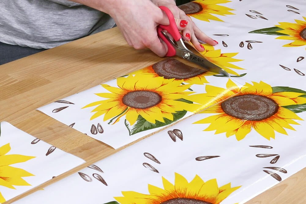 How to Make an Oilcloth Apron - Step 1
