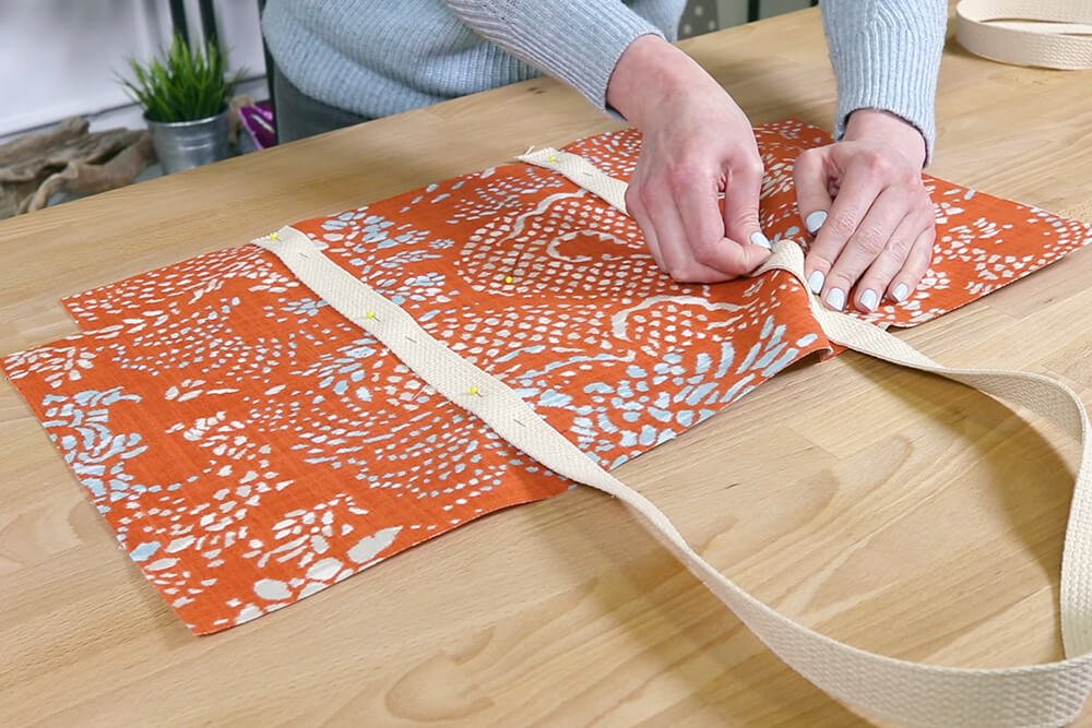 How to Make a Tote Bag with a Zipper - Step 3