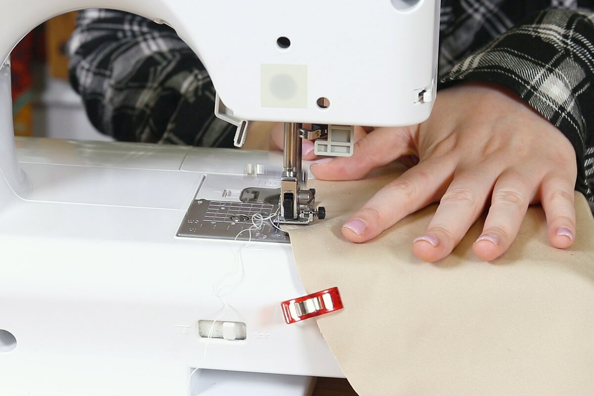 Sew together the pieces of broadcloth