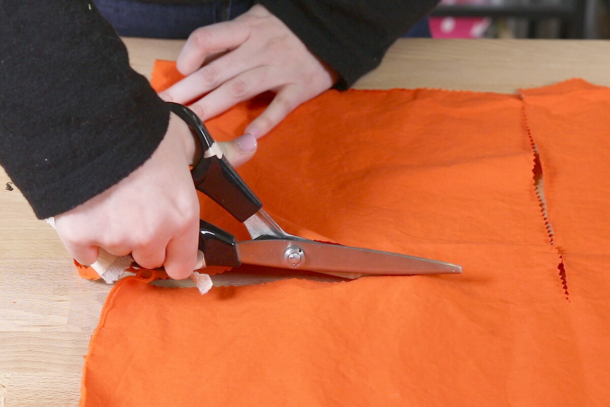 Cut out fabric with pinking sheers