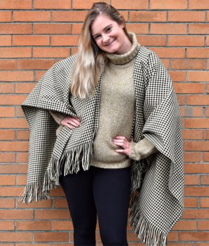 How to Make a Fringed Shawl