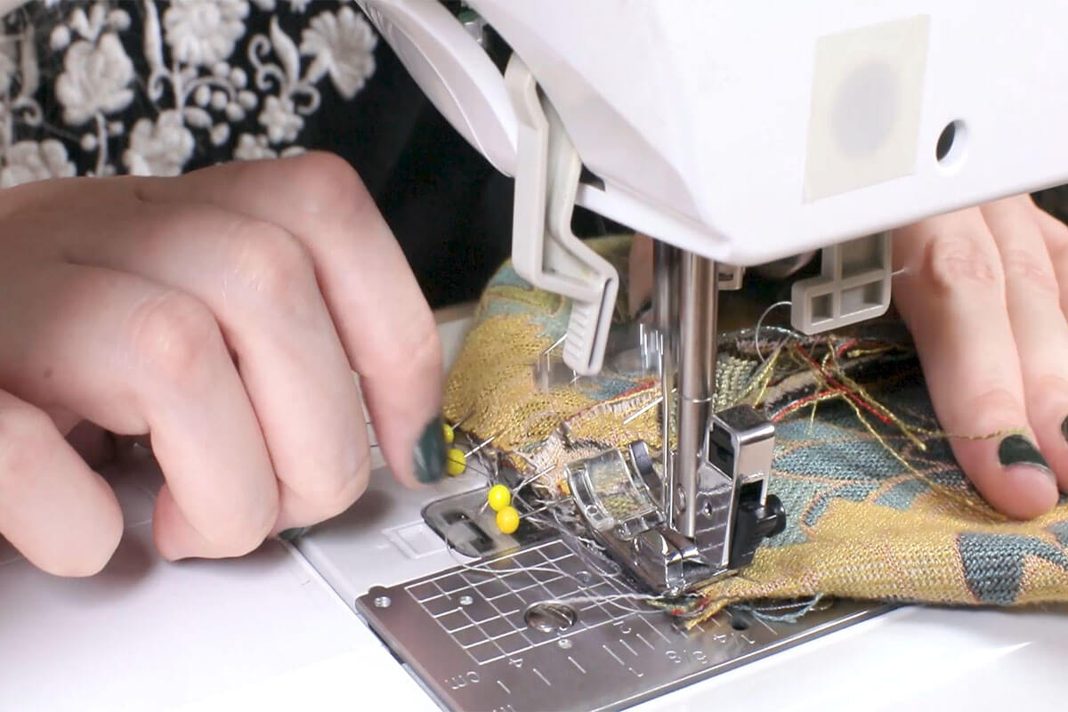 Sew the Gussets